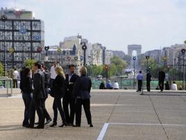 Quartier des affaires et vue sur l'Arc de Triomphe à la Défense