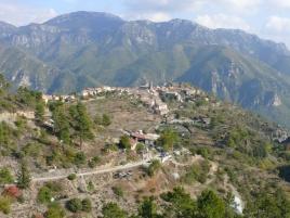 La Madonne d'Utelle et sa vue panoramique à 360° sur les Alpes et la Méditerrannée