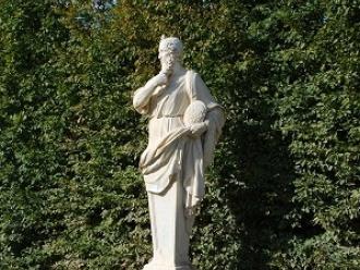 Statue de Platon pensif à Versailles