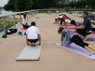 Nordic walk and yoga with Parvati on Stouring at Vernon-Giverny